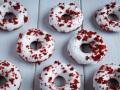 Donuts red velvet